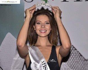 https://www.ragusanews.com//immagini_articoli/20-08-2018/michela-incardona-sogno-miss-italia-continua-240.jpg