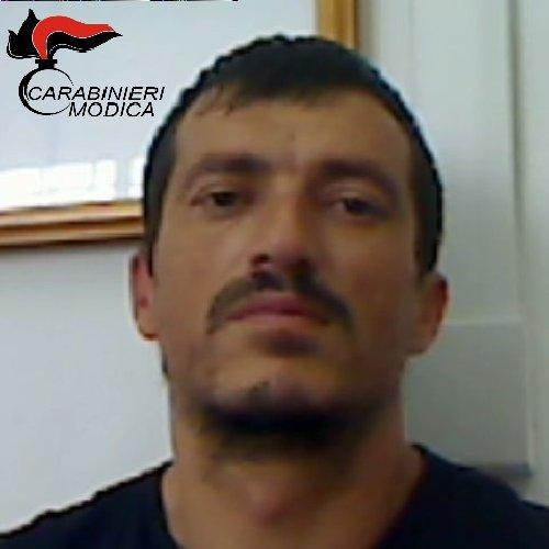 https://www.ragusanews.com//immagini_articoli/20-08-2018/scicli-arrestato-pluripregiudicato-albanese-500.jpg