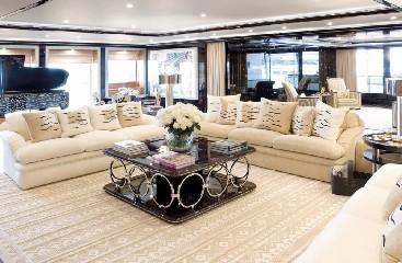 https://www.ragusanews.com//immagini_articoli/20-08-2020/1597941639-yacht-in-sicilia-e-arrivato-l-alfa-nero-amato-da-beyonce-e-bill-gates-1-240.jpg