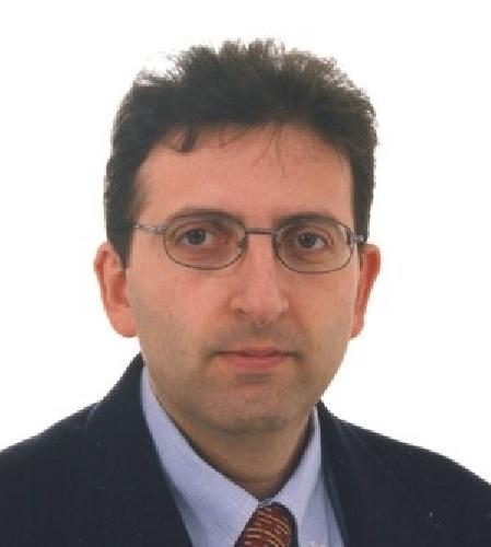https://www.ragusanews.com//immagini_articoli/20-09-2008/il-preside-enzo-giannone-listituto-darte-e-oncoibla-esperienza-straordinaria-500.jpg