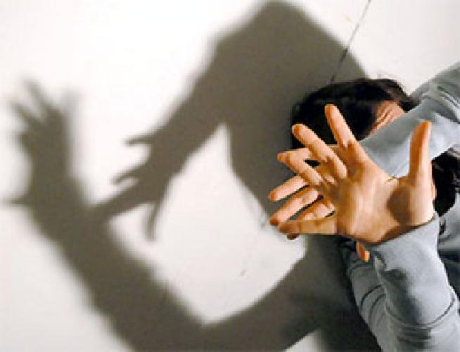 https://www.ragusanews.com//immagini_articoli/20-09-2011/scicli-abusi-sessuali-la-presunta-vittima-non-e-vero-nulla-500.jpg