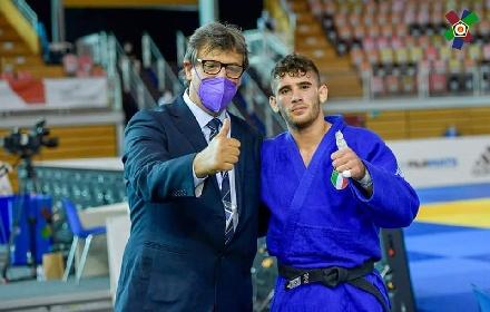https://www.ragusanews.com//immagini_articoli/20-09-2021/1632146495-vincenzo-pelligra-il-18enne-judoka-sciclitano-convocato-ai-mondiali-foto-5-280.jpg