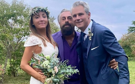 https://www.ragusanews.com//immagini_articoli/20-09-2021/camila-raznovich-ha-sposato-l-imprenditore-francese-loic-fleury-280.jpg