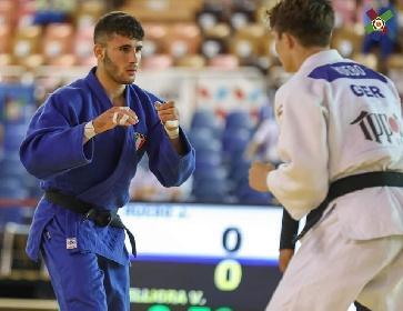 https://www.ragusanews.com//immagini_articoli/20-09-2021/vincenzo-pelligra-il-18enne-judoka-sciclitano-convocato-ai-mondiali-foto-280.jpg