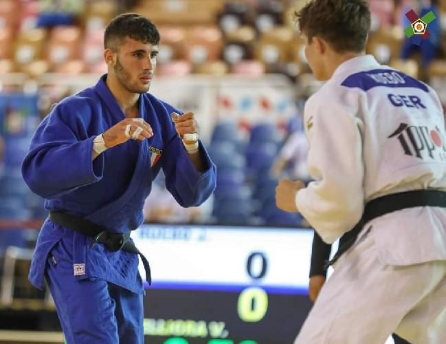 https://www.ragusanews.com//immagini_articoli/20-09-2021/vincenzo-pelligra-il-18enne-judoka-sciclitano-convocato-ai-mondiali-foto-500.jpg