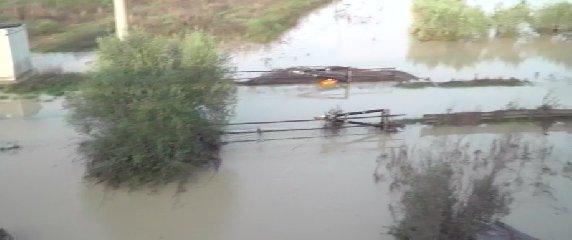 https://www.ragusanews.com//immagini_articoli/20-10-2018/maltempo-acqua-raggiunto-metri-altezza-240.jpg