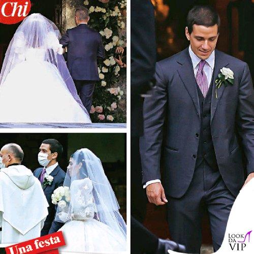 https://www.ragusanews.com//immagini_articoli/20-10-2020/1603196972-ecco-gli-abiti-della-famiglia-berlusconi-al-matrimonio-di-luigi-3-500.jpg