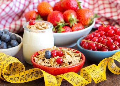 https://www.ragusanews.com//immagini_articoli/20-10-2020/dieta-e-spuntino-pomeridiano-cosa-mangiare-280.jpg