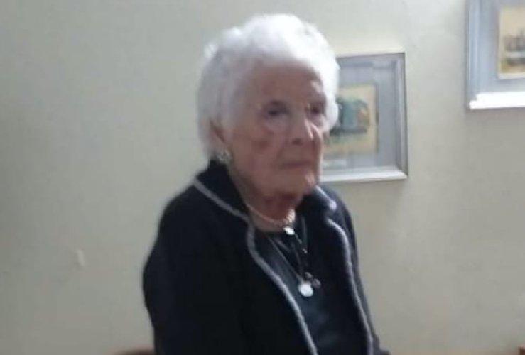 https://www.ragusanews.com//immagini_articoli/20-10-2020/sicilia-e-morta-nonna-pippa-aveva-105-anni-500.jpg