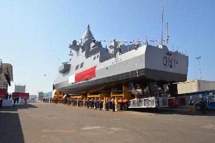 https://www.ragusanews.com//immagini_articoli/20-10-2021/in-sicilia-si-costruisce-la-grande-nave-militare-anfibia-del-qatar-280.jpg