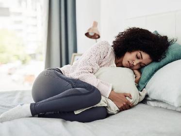 https://www.ragusanews.com//immagini_articoli/20-10-2021/la-dieta-per-combattere-la-sindrome-pre-mestruale-ecco-cosa-mangiare-280.jpg
