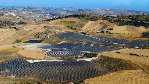 https://www.ragusanews.com//immagini_articoli/20-10-2021/la-sicilia-che-preferisce-i-ciottoli-del-paleolitico-ai-pannelli-solari-280.jpg