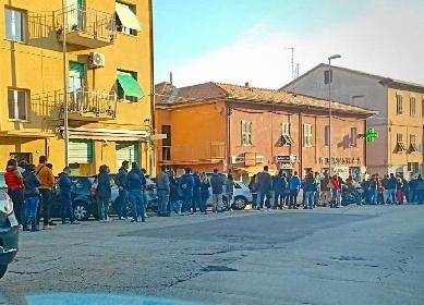 https://www.ragusanews.com//immagini_articoli/20-10-2021/sicilia-i-no-vax-arricchiscono-le-case-farmaceutiche-500mila-al-giorno-280.jpg