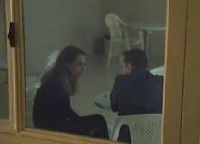 http://www.ragusanews.com//immagini_articoli/20-11-2015/video-veronica-in-carcere-al-marito-ho-lasciato-loris-a-casa-500.png