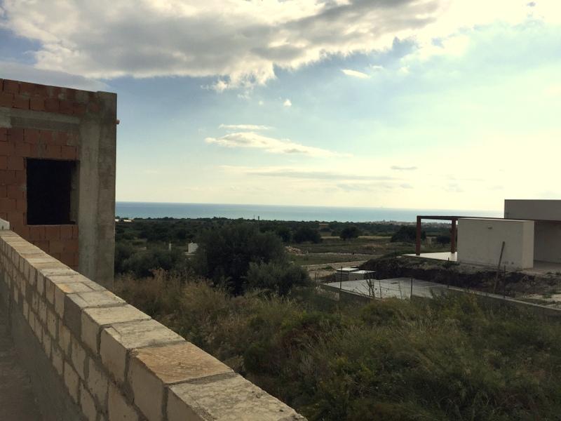 https://www.ragusanews.com//immagini_articoli/20-11-2016/1479652074-3-vendita-villa-panoramica-in-contrada-trippatore-sampieri.jpg
