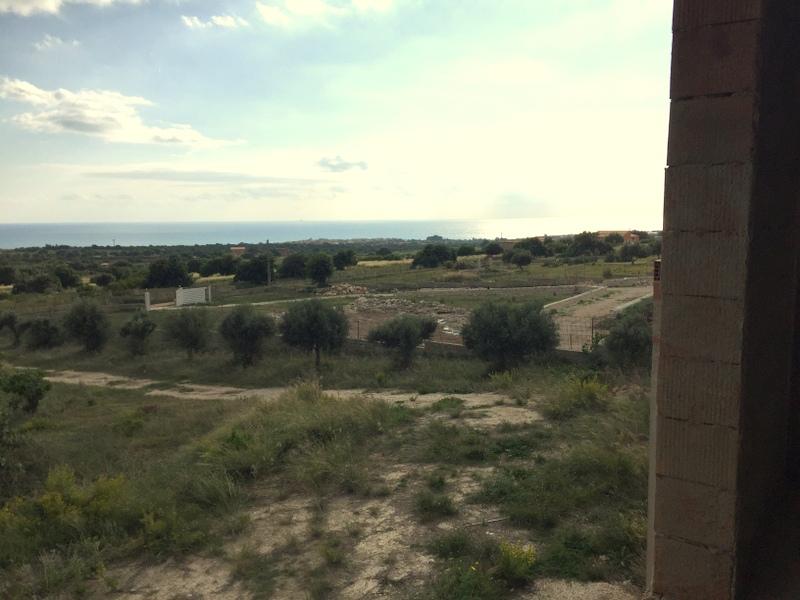https://www.ragusanews.com//immagini_articoli/20-11-2016/1479652074-6-vendita-villa-panoramica-in-contrada-trippatore-sampieri.jpg