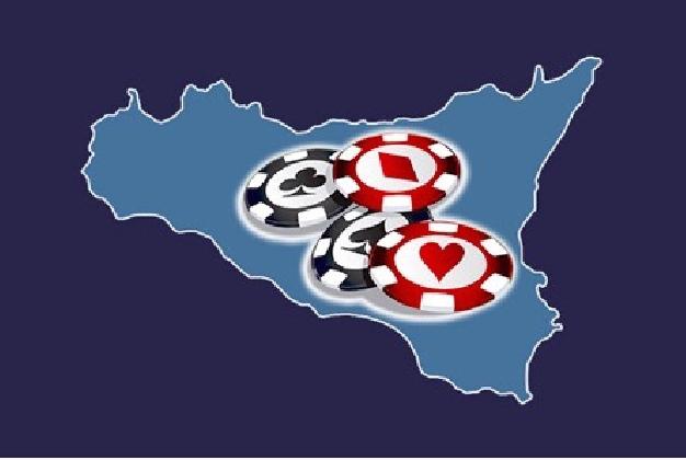 http://www.ragusanews.com//immagini_articoli/20-11-2016/sicilia-gioco-online-boom-casino-games-scommesse-420.jpg