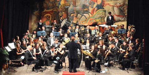 https://www.ragusanews.com//immagini_articoli/20-11-2018/concerto-santa-cecilia-modica-dedicato-tango-240.png