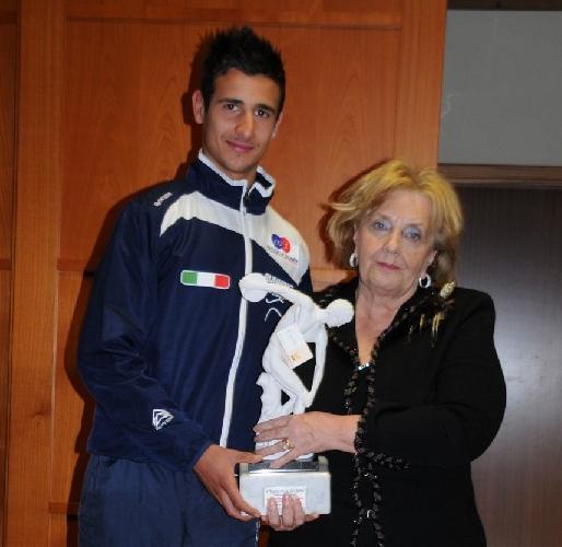 https://www.ragusanews.com//immagini_articoli/20-12-2011/a-giuseppe-gerratana-il-premio-padua-atleta-dellanno-500.jpg