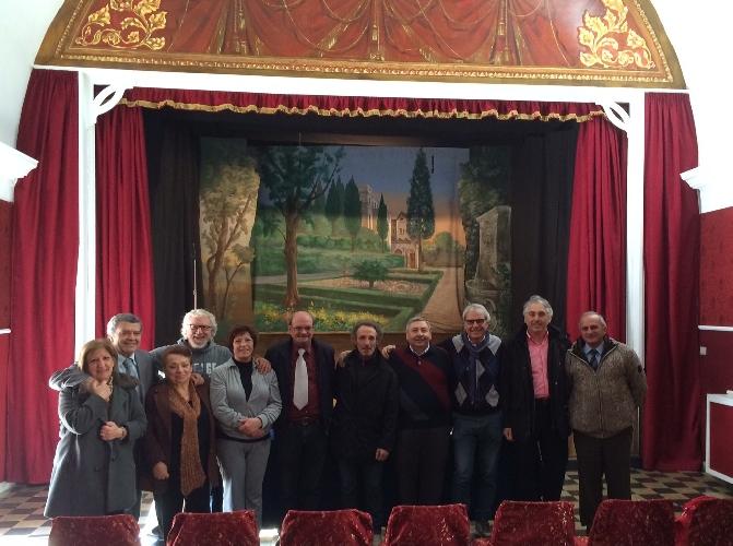 http://www.ragusanews.com//immagini_articoli/20-12-2014/a-ragusa-i-privati-si-fanno-il-teatro-500.jpg