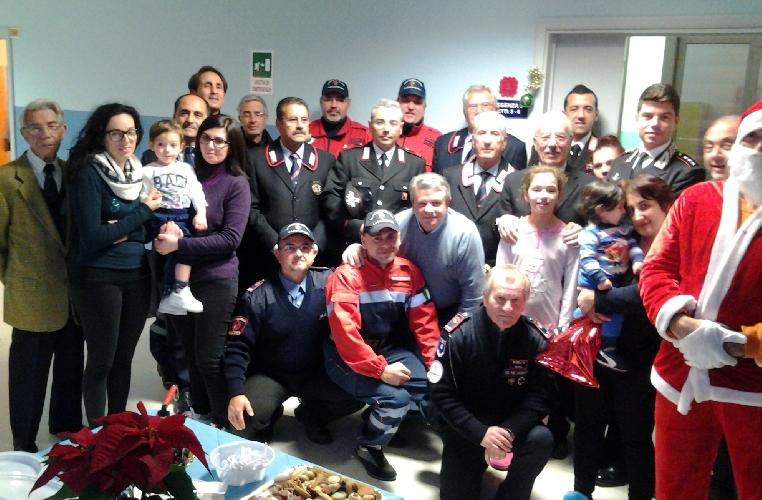 http://www.ragusanews.com//immagini_articoli/20-12-2015/il-natale-del-militare-500.jpg