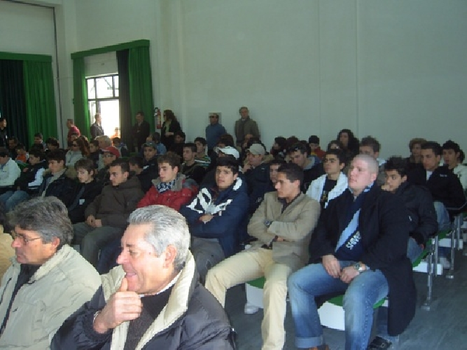 https://www.ragusanews.com//immagini_articoli/21-01-2008/agrario-biennio-a-jungi-500.jpg