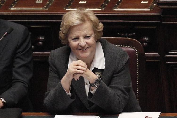 http://www.ragusanews.com//immagini_articoli/21-01-2014/comitato-pro-tribunale-la-cancellieri-promette-visita-a-modica-500.jpg
