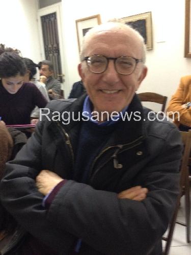 https://www.ragusanews.com//immagini_articoli/21-01-2014/la-sinistra-negli-ultimi-40-anni-pinuccio-tidona-racconta-500.jpg