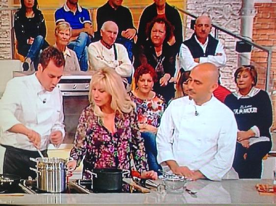 http://www.ragusanews.com//immagini_articoli/21-01-2017/joseph-micieli-chef-santa-croce-street-food-prova-cuoco-420.jpg