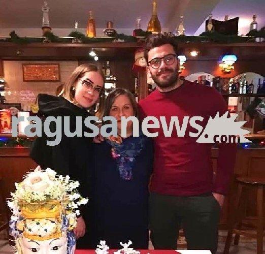 https://www.ragusanews.com//immagini_articoli/21-01-2019/rosolini-funerali-aurora-cristian-rita-mercoledi-500.jpg