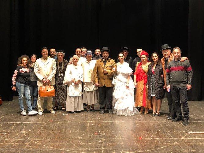 https://www.ragusanews.com//immagini_articoli/21-01-2020/a-birritta-che-ciancianeddi-in-teatro-a-modica-500.jpg
