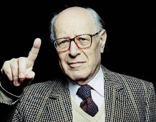 https://www.ragusanews.com//immagini_articoli/21-01-2020/e-morto-il-filosofo-emanuele-severino-240.jpg
