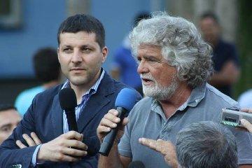 https://www.ragusanews.com//immagini_articoli/21-01-2020/l-ex-sindaco-di-ragusa-piccitto-eletto-facilitatore-cinquestelle-240.jpg