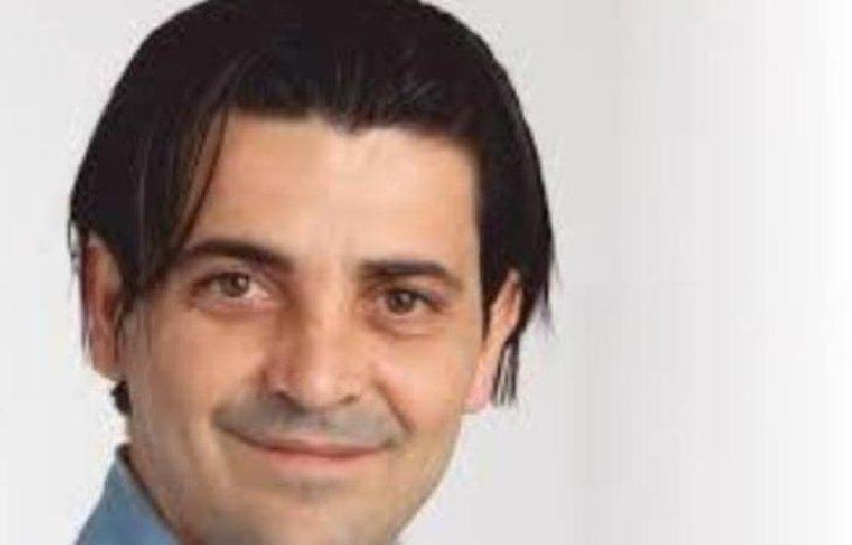 https://www.ragusanews.com//immagini_articoli/21-02-2018/picchiato-lavoratore-rumeno-dezio-dimesso-consigliere-500.jpg