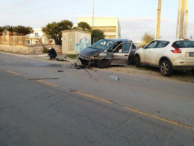 https://www.ragusanews.com//immagini_articoli/21-02-2019/incidente-strada-marina-modica-500.jpg