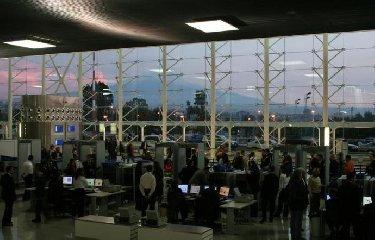 https://www.ragusanews.com//immagini_articoli/21-02-2019/riaperto-aeroporto-catania-240.jpg