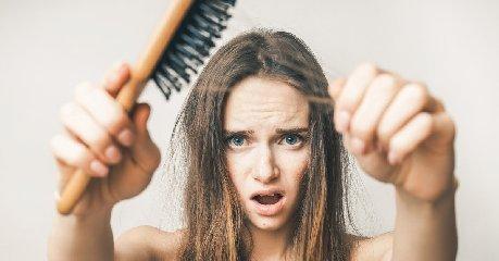https://www.ragusanews.com//immagini_articoli/21-02-2020/dieta-prevenire-la-caduta-dei-capelli-con-la-giusta-alimentazione-240.jpg
