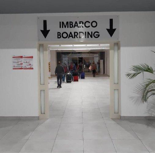https://www.ragusanews.com//immagini_articoli/21-02-2020/stazione-passeggeri-di-pozzallo-primo-imbarco-500.jpg