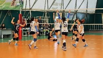 http://www.ragusanews.com//immagini_articoli/21-03-2017/motuka-vince-carlentini-200.jpg