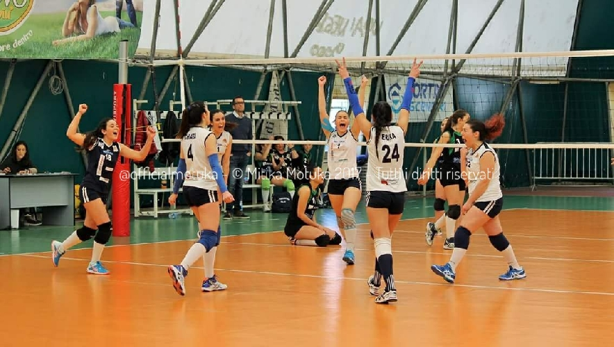 https://www.ragusanews.com//immagini_articoli/21-03-2017/motuka-vince-carlentini-500.jpg
