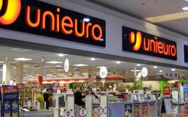 https://www.ragusanews.com//immagini_articoli/21-03-2018/rischio-chiusura-unieuro-siracusa-240.jpg