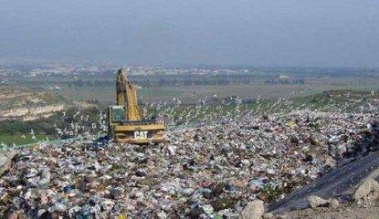 https://www.ragusanews.com//immagini_articoli/21-03-2018/troppo-vento-niente-conferimento-rifiuti-cava-modicani-240.jpg