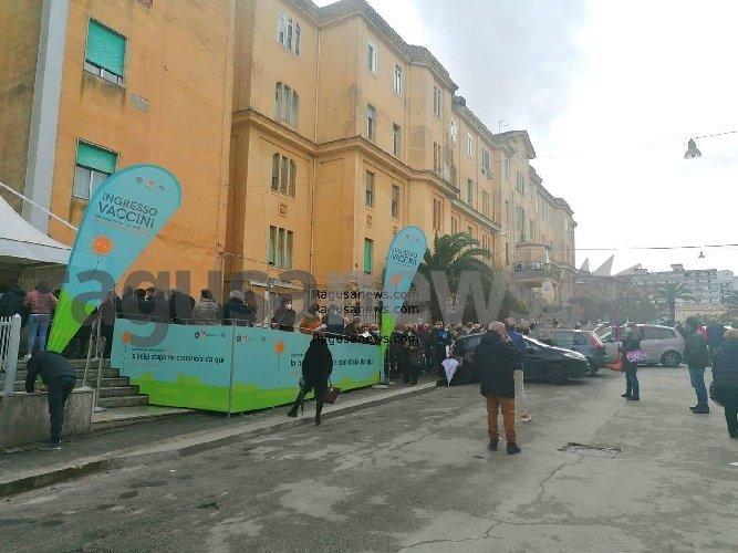 Vaccini Per Soggetti Fragili Lupo Pd Grave Disorganizzazione A Ragusa