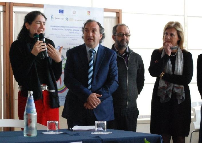 https://www.ragusanews.com//immagini_articoli/21-04-2012/stranierochi-le-buone-prassi-inclusive-nella-scuola-500.jpg