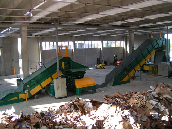 https://www.ragusanews.com//immagini_articoli/21-04-2016/impianto-rifiuti-la-acif-replica-500.jpg