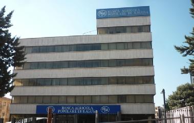 https://www.ragusanews.com//immagini_articoli/21-04-2018/banca-base-catania-destino-braccia-bapr-240.png