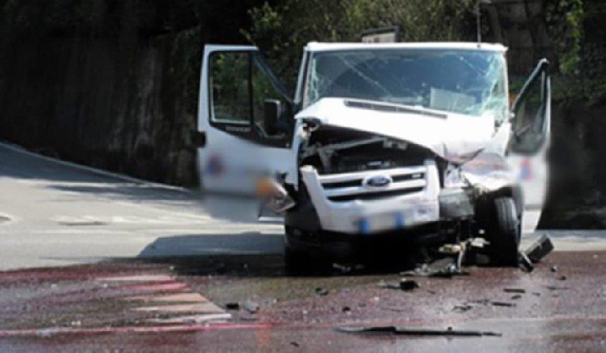 https://www.ragusanews.com//immagini_articoli/21-04-2019/incidente-genova-vicenza-modicano-42enne-coma-500.jpg
