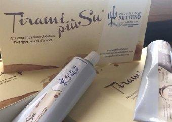 https://www.ragusanews.com//immagini_articoli/21-05-2018/cibonostrum-taormina-inventano-tiramisu-portatile-240.jpg