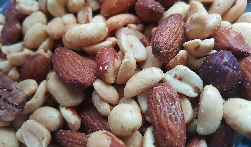 https://www.ragusanews.com//immagini_articoli/21-05-2020/dieta-e-magnesio-gli-alimenti-che-lo-contengono-500.jpg