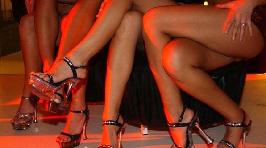 http://www.ragusanews.com//immagini_articoli/21-06-2014/chiusa-casa-di-piacere-per-professionisti-500.jpg